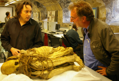 Stephen and Dr. Nick Saunders with a South American mummy (Image Copyright: Dr. J. Fletcher)