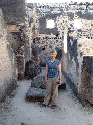Dr. Sarah Walshaw visiting the palace at Kilwa Kisiwani, July 2013