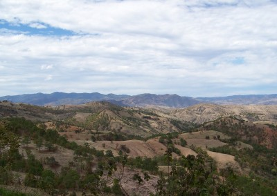 Figure 1. The mountainous terrain of eastern Guerrero as seen from Cauadzidziqui. (Image Copyright: Arnaud F. Lambert).
